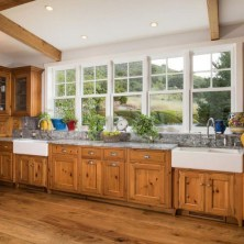 +41 To Consider For Farmhouse Kitchen Cabinets Design Ideas 11