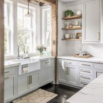 +41 To Consider For Farmhouse Kitchen Cabinets Design Ideas 49
