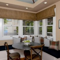 +46 Most Popular Ways To Breakfast Nook Ideas For Your Small Kitchen 105