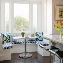 +46 Most Popular Ways To Breakfast Nook Ideas For Your Small Kitchen 47