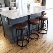 DIY Kitchen Island With Breakfast Bar 7