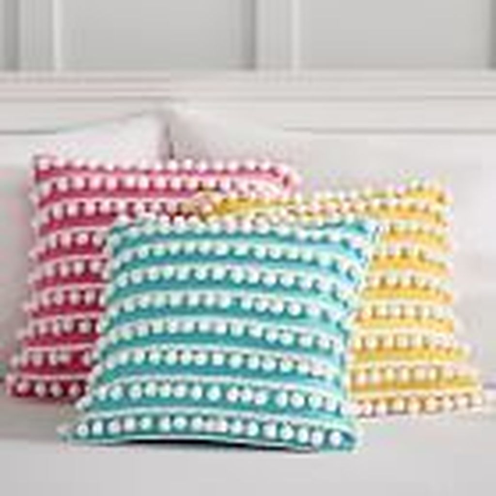 Charming Pillow Decorative Ideas To Apply Asap 02