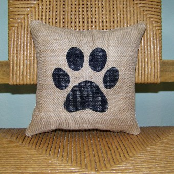 Charming Pillow Decorative Ideas To Apply Asap 24