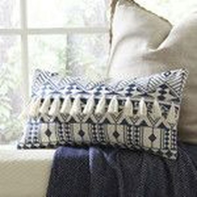 Charming Pillow Decorative Ideas To Apply Asap 28