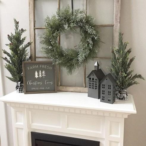 Beautiful Window Decorating Ideas For Christmas 26