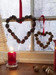 Beautiful Window Decorating Ideas For Christmas 31