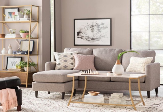 Best Tiny Living Room Design Ideas That Trend Nowaday 34