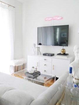 Brilliant Small Apartment Interior Design Ideas 27
