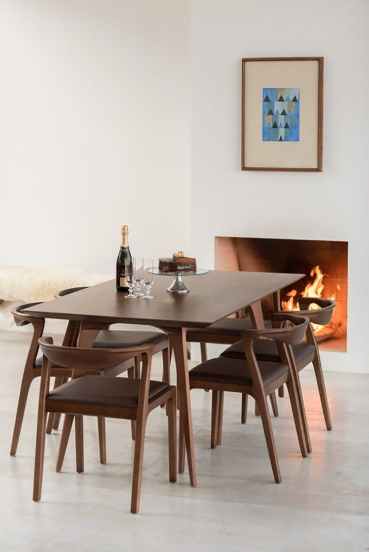 Brilliant Wood Dining Table Design Ideas That Trend Today 34