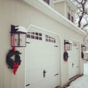 Creative Christmas Door Decoration Ideas To Inspire You 09
