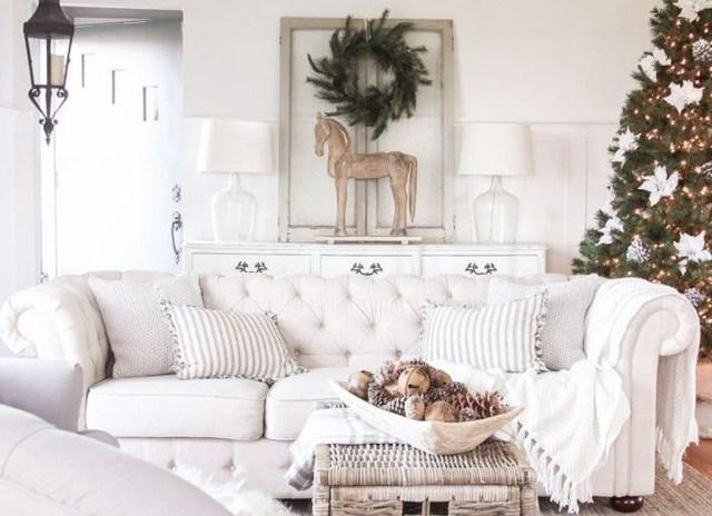 Enchanting Living Room Decor Ideas That Trending This Winter 11
