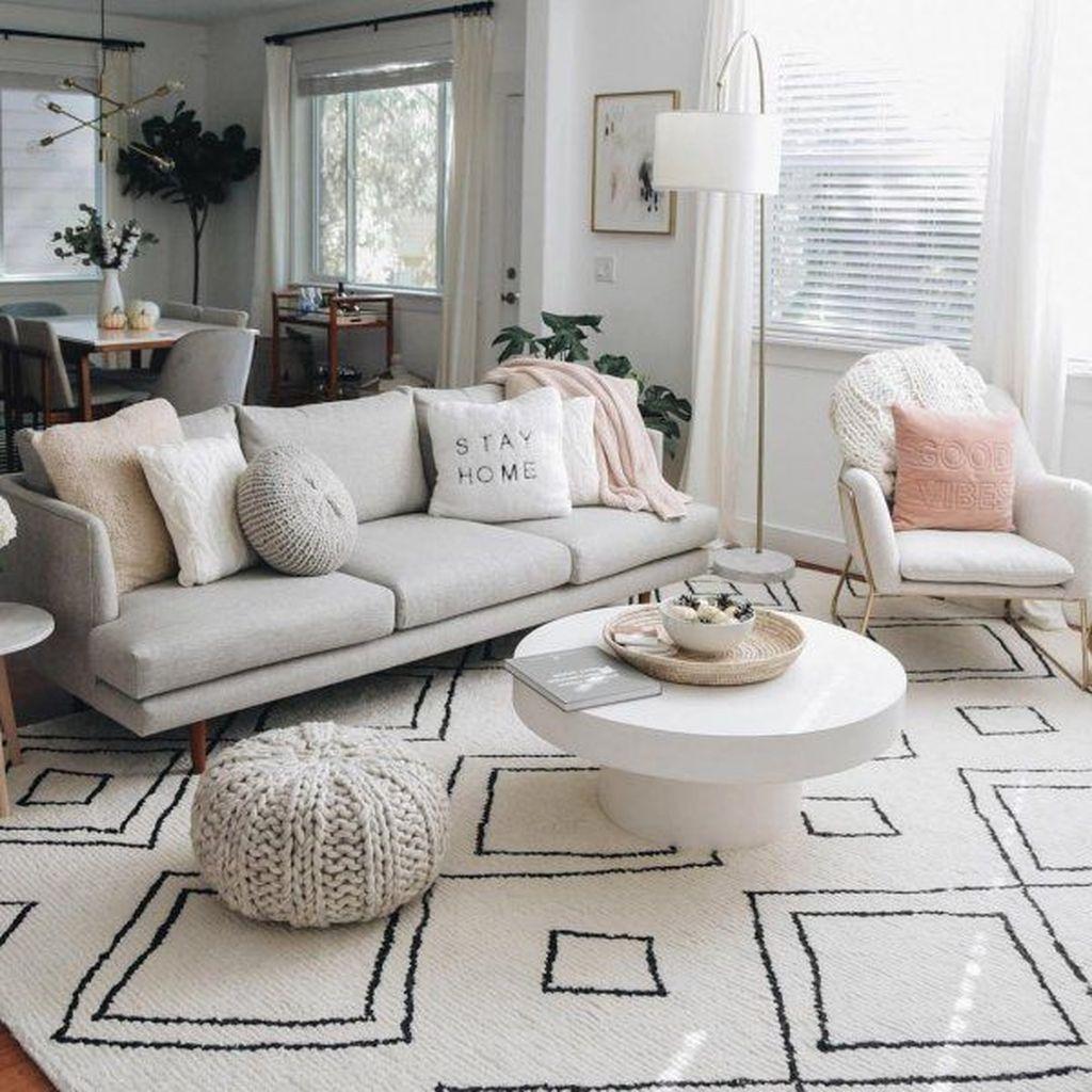 Enchanting Living Room Decor Ideas That Trending This Winter 22