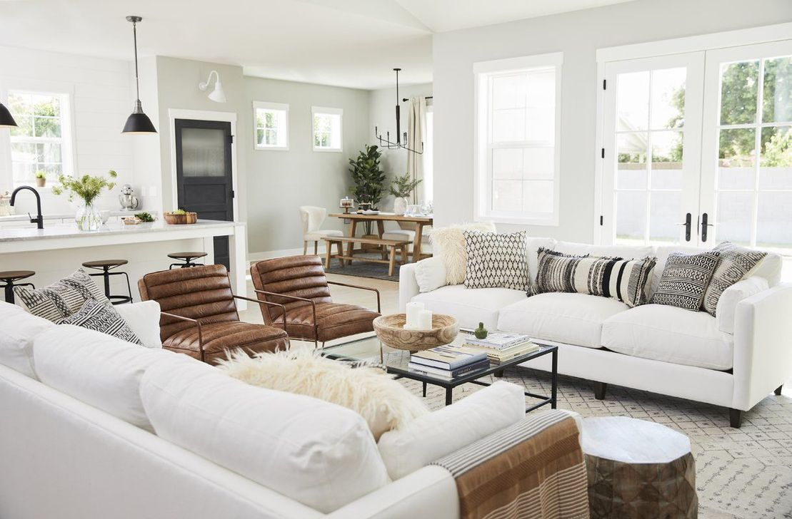 Enchanting Living Room Decor Ideas That Trending This Winter 36