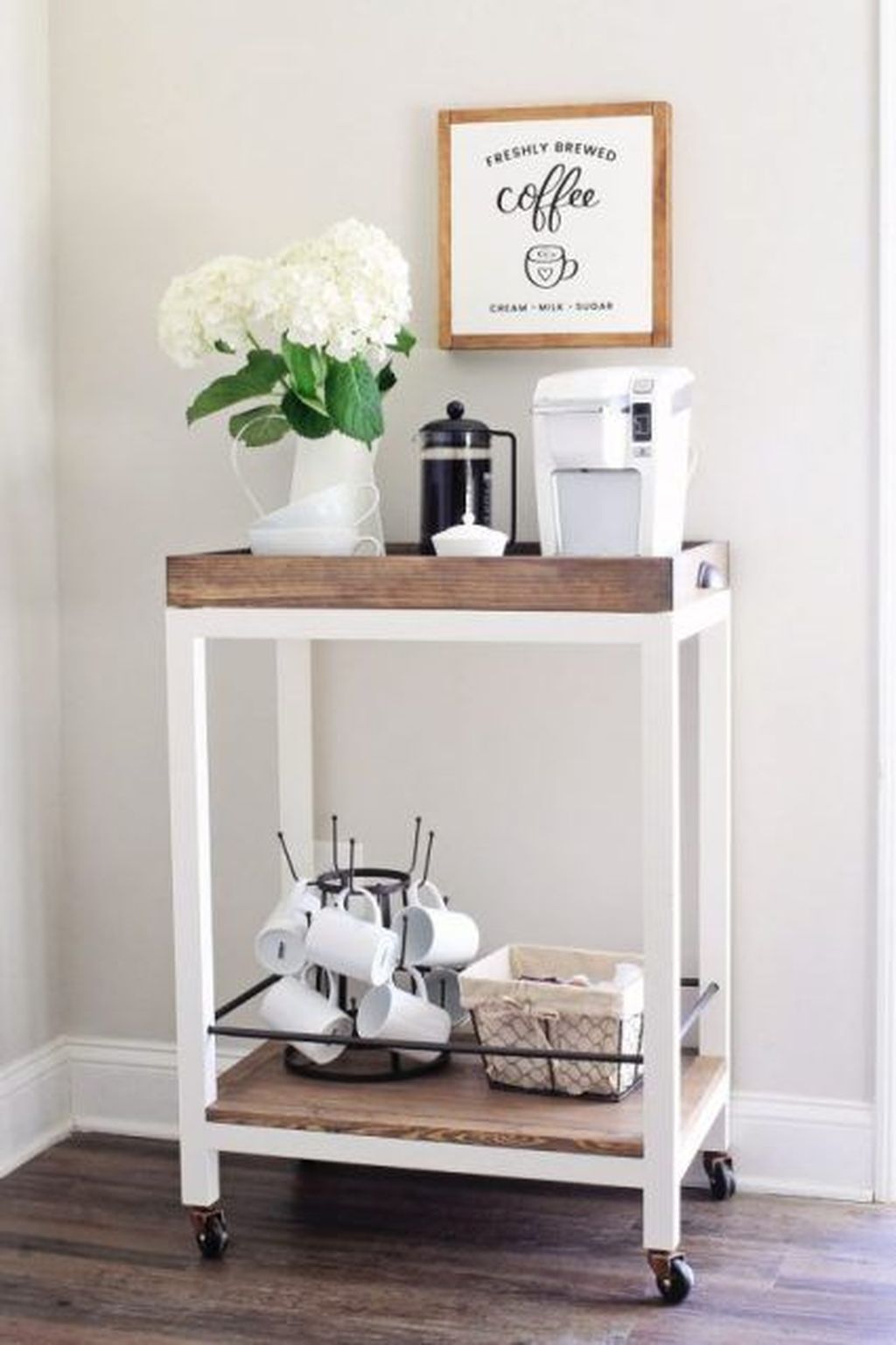 Magnificient Home Coffee Bar Design Ideas You Must Have 33