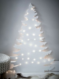 Pretty Space Decoration Ideas With Christmas Tree Lights 09
