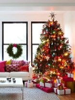 Pretty Space Decoration Ideas With Christmas Tree Lights 30