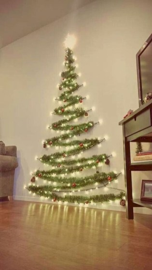 Pretty Space Decoration Ideas With Christmas Tree Lights 35