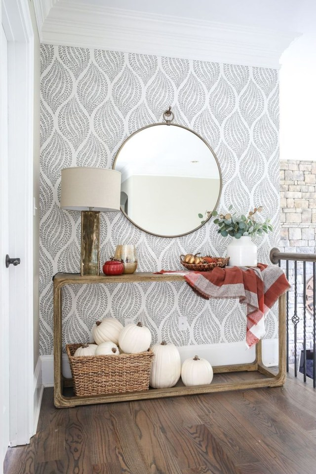 Splendid Entryway Home Décor Ideas That Make Your Place Look Cool 08