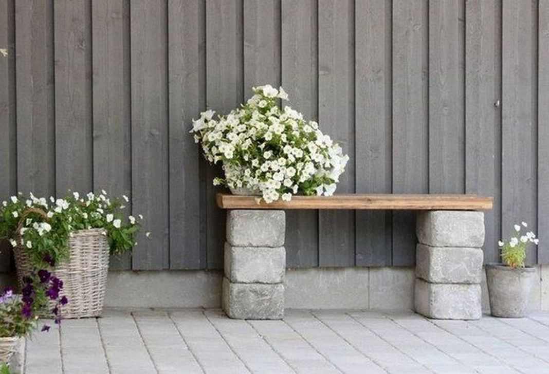 Stylish Garden Design Ideas With Cinder Block To Try 22