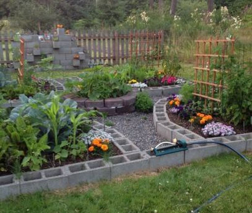 Stylish Garden Design Ideas With Cinder Block To Try 30