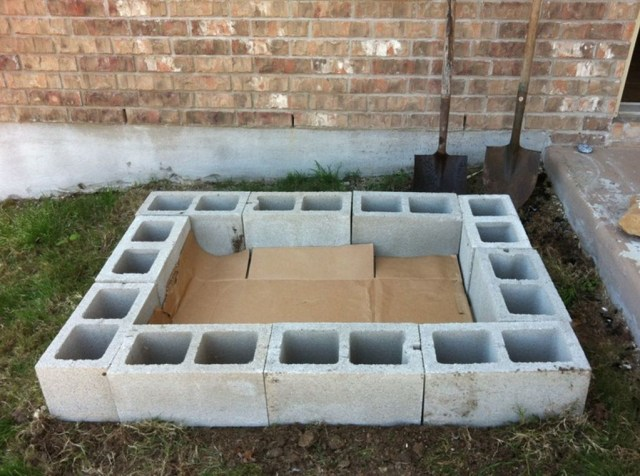 Stylish Garden Design Ideas With Cinder Block To Try 36