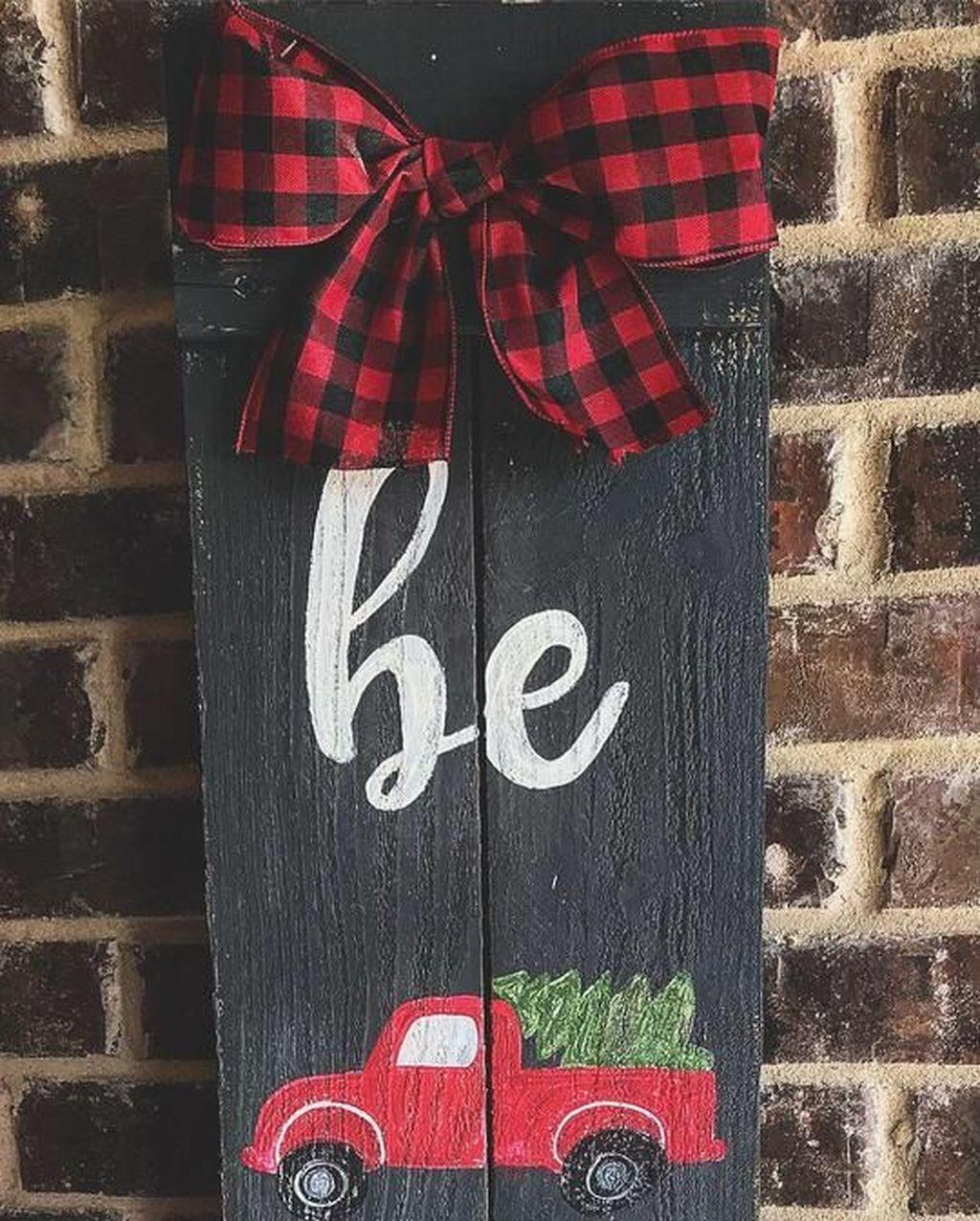 Unique Christmas Decoration Ideas For Front Porch 19