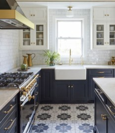 Adorable Kitchen Cabinet Ideas That Looks Neat To Try 07