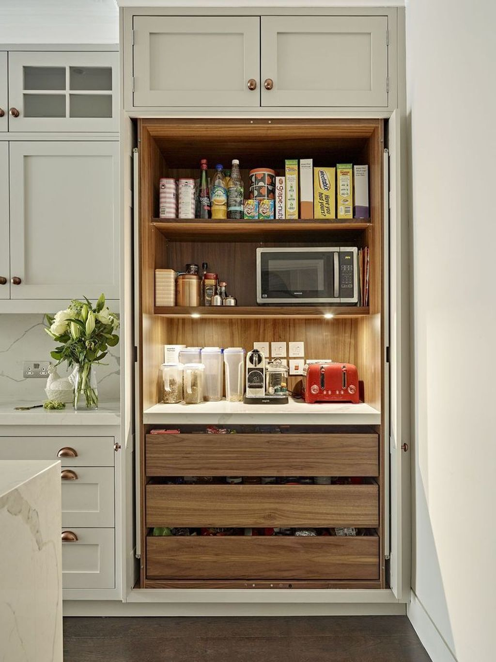 Adorable Kitchen Cabinet Ideas That Looks Neat To Try 32