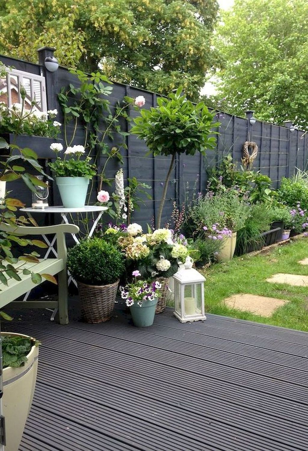 Best Jaw Dropping Urban Gardens Ideas To Copy Asap 20