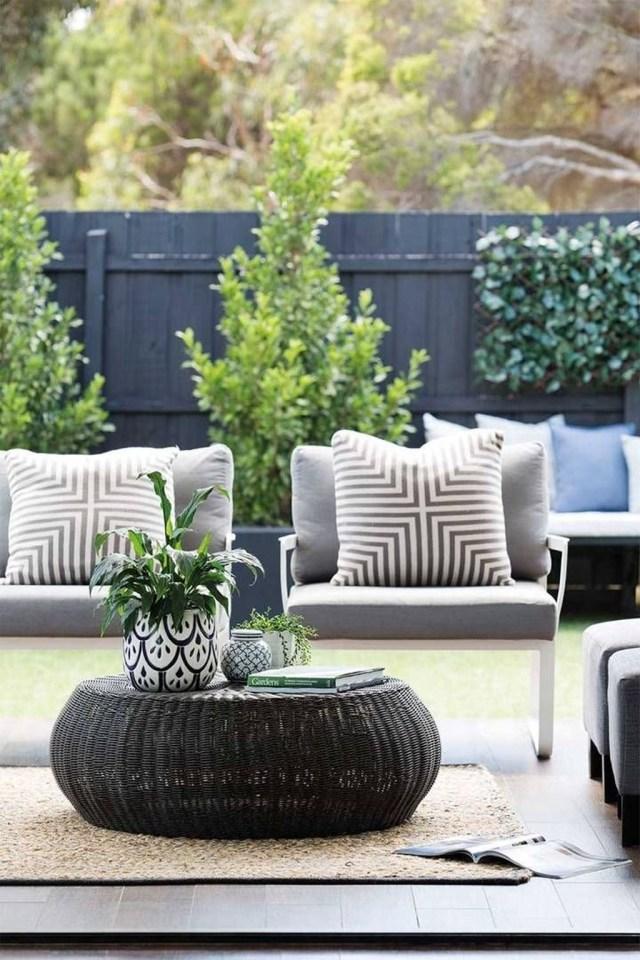 Best Minimalist Furniture Design Ideas For Your Outdoor Area 21