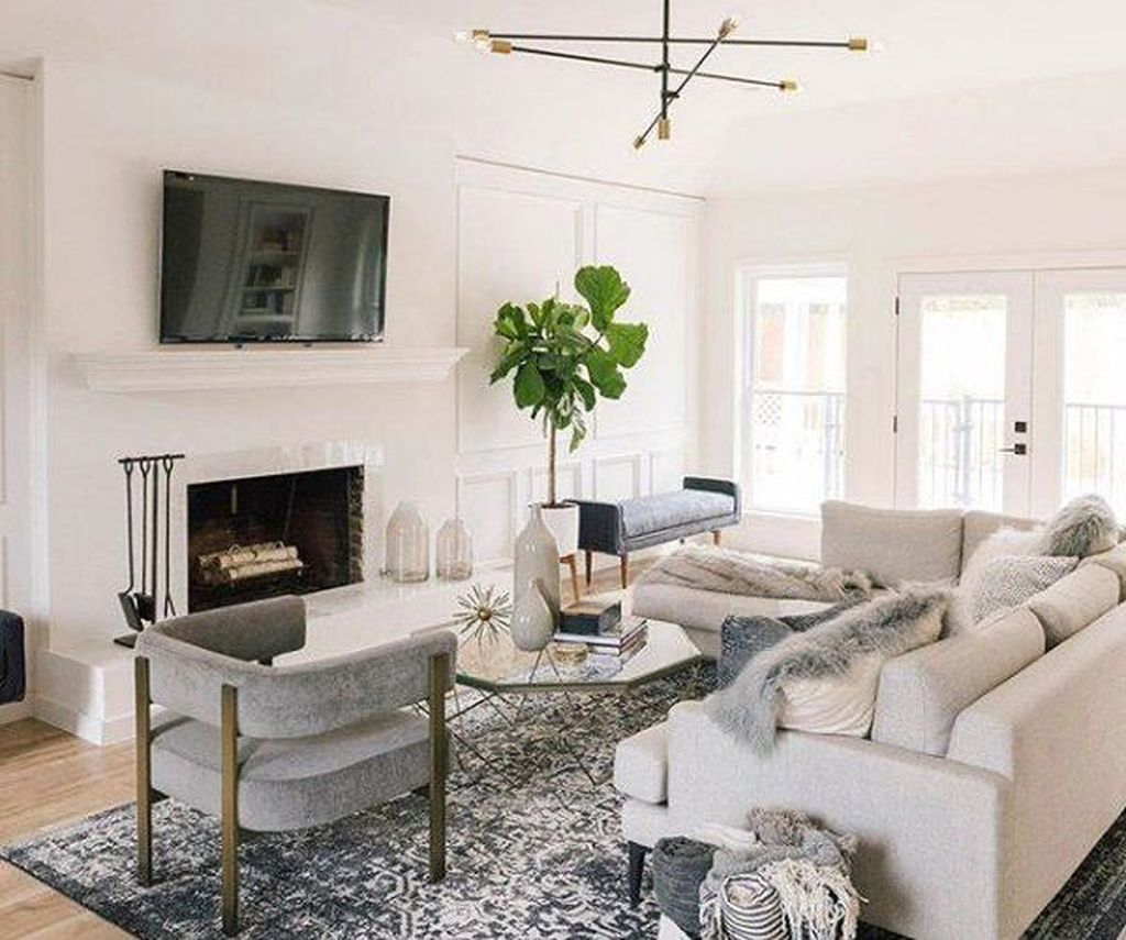 Cool Living Room Design Ideas To Make Look Confortable For Guest 08