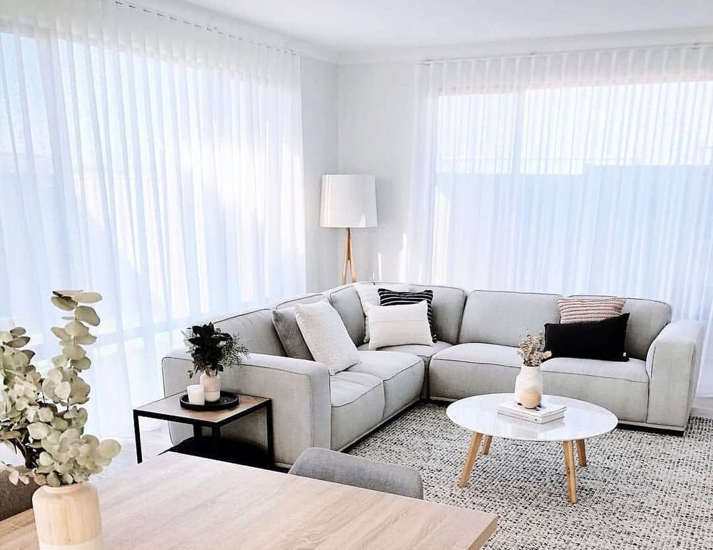 Cool Living Room Design Ideas To Make Look Confortable For Guest 12