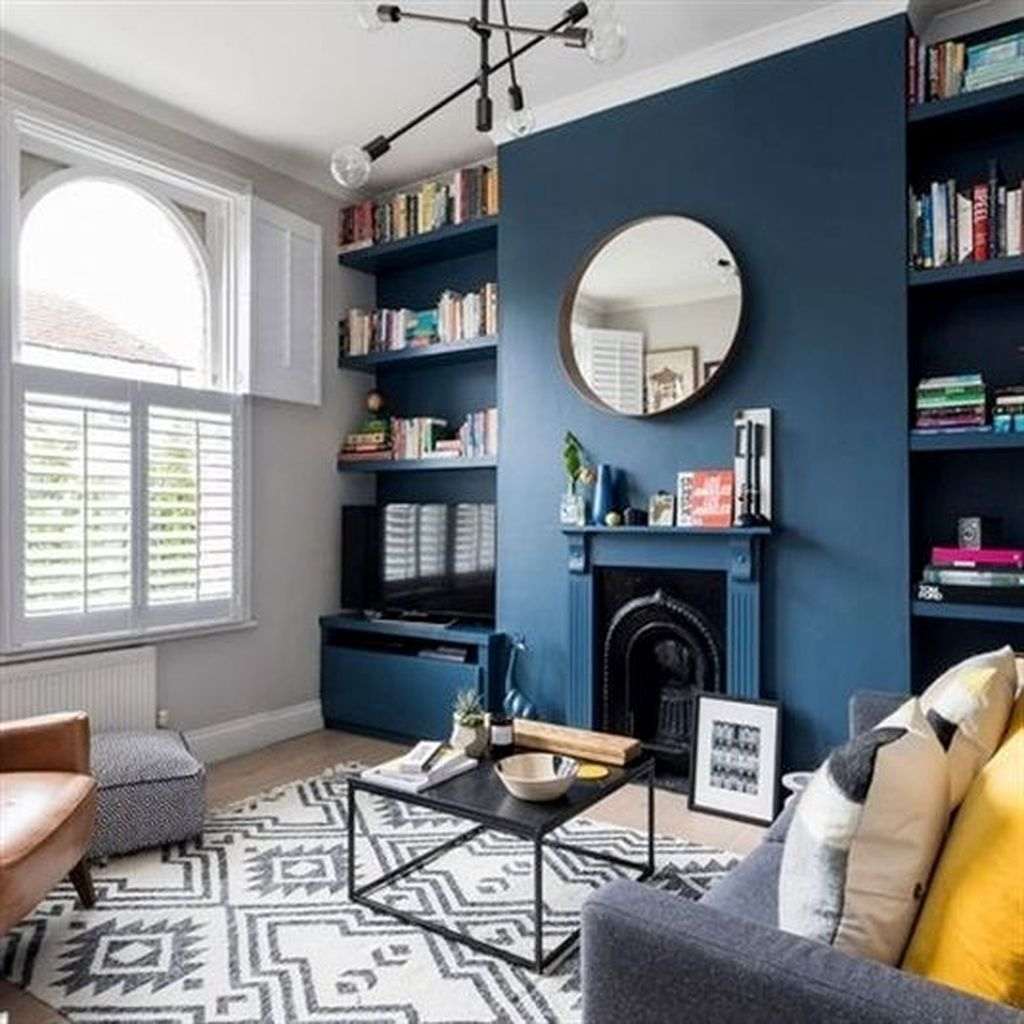 Cool Living Room Design Ideas To Make Look Confortable For Guest 14