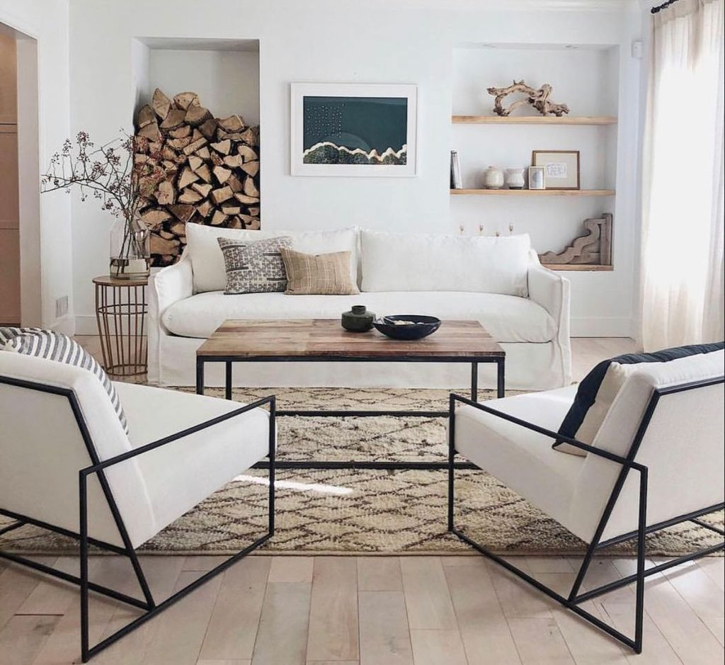Cool Living Room Design Ideas To Make Look Confortable For Guest 26