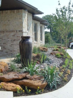 Excellent Backyard Landscaping Ideas That Looks Cool 17