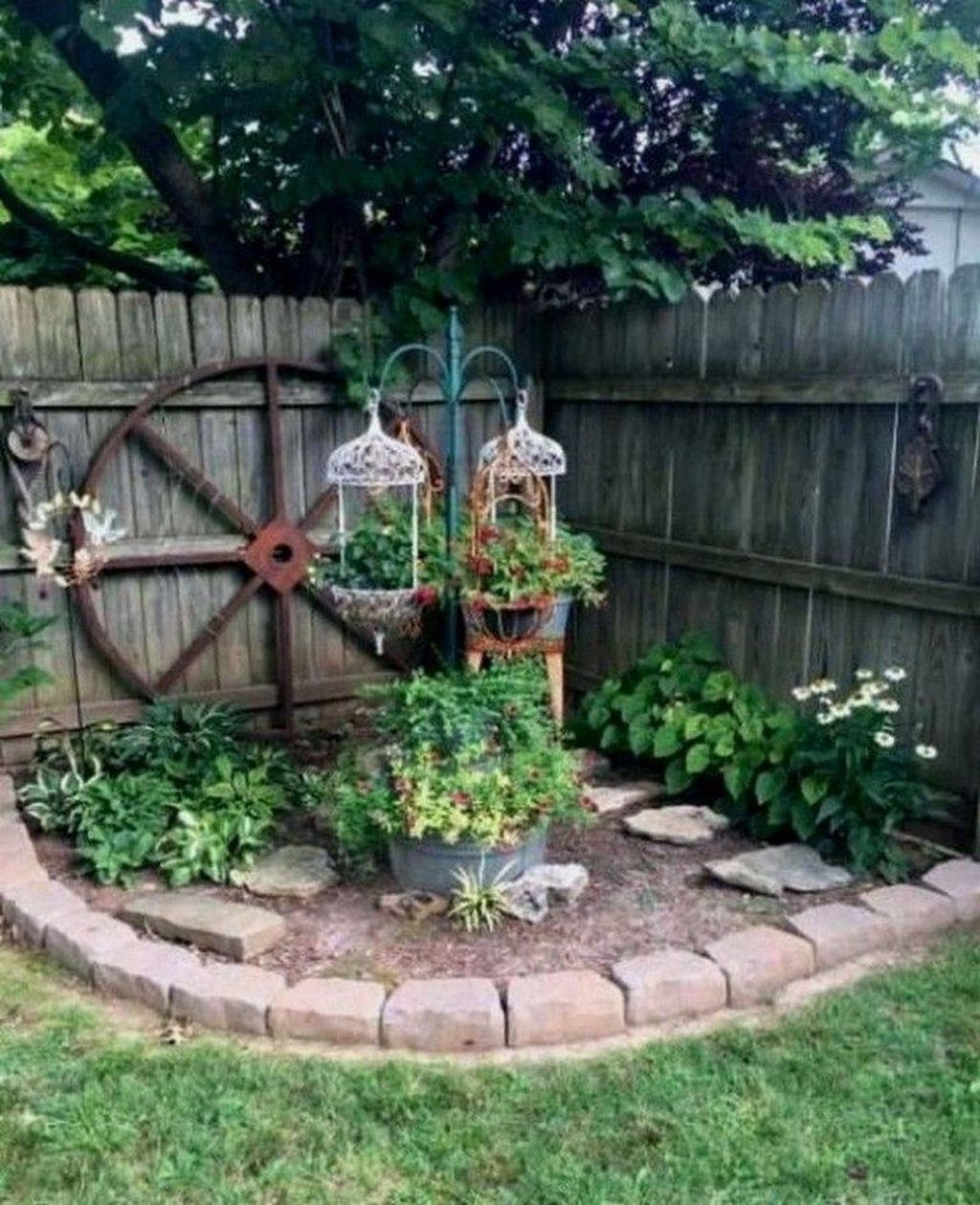 Excellent Backyard Landscaping Ideas That Looks Cool 43