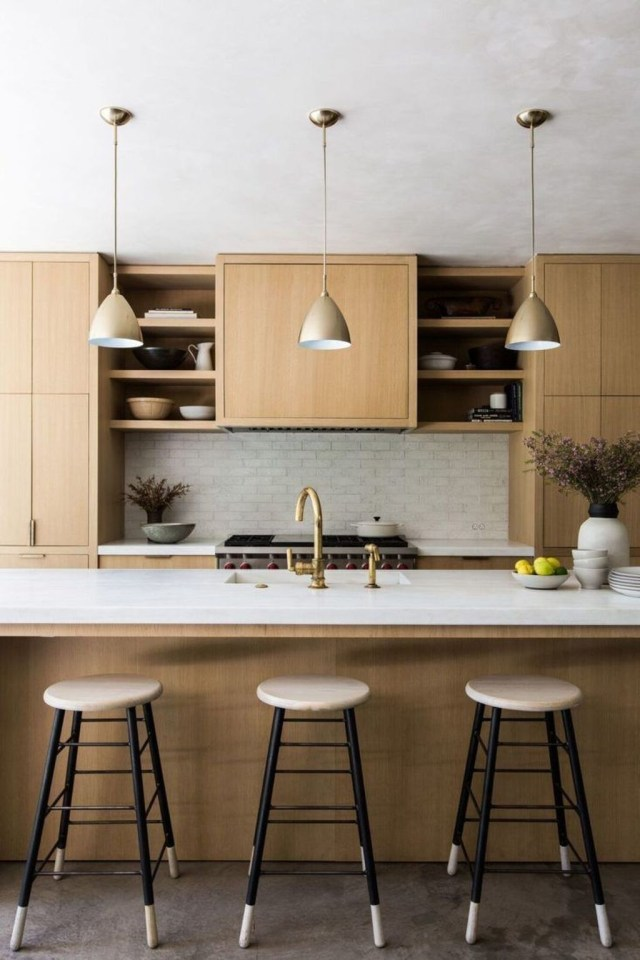 Hottest Wood Kitchen Set Design Ideas That You Can Try 16