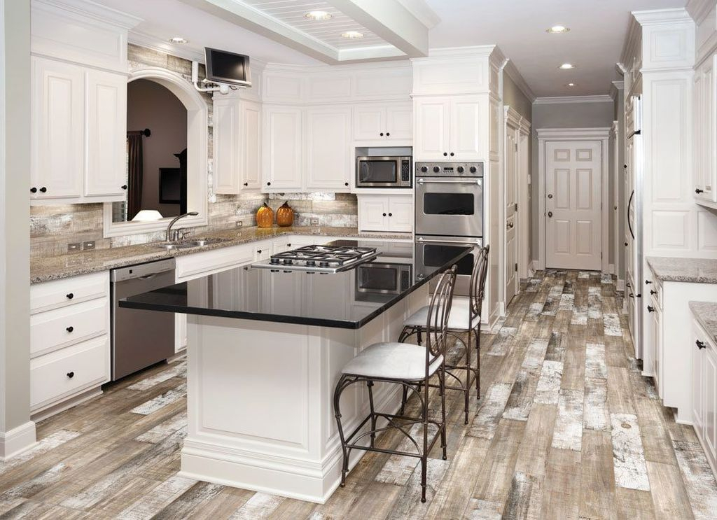Hottest Wood Kitchen Set Design Ideas That You Can Try 33