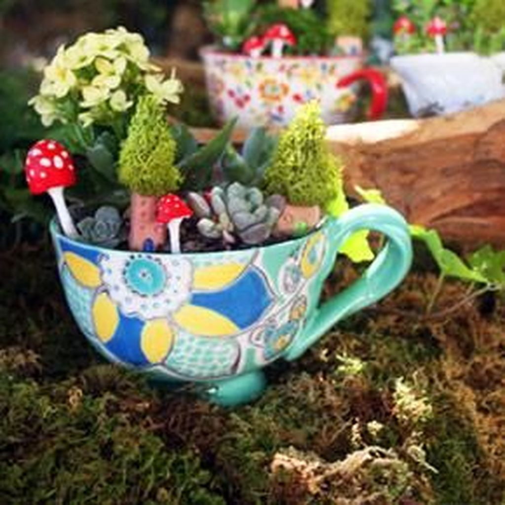 Inspiring Diy Teacup Mini Garden Ideas To Add Bliss To Your Home 11