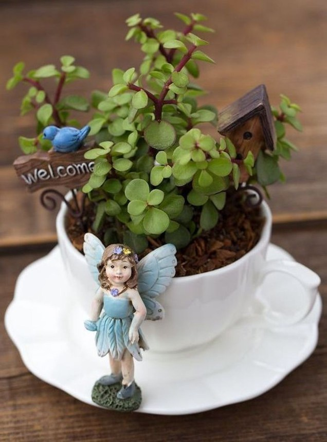 Inspiring Diy Teacup Mini Garden Ideas To Add Bliss To Your Home 40