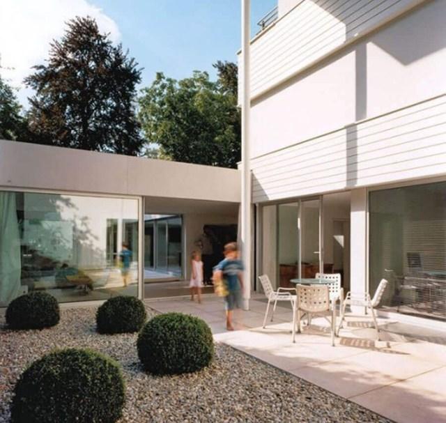 Inspiring Minimalist Frontyard Design Ideas To Try Asap 04