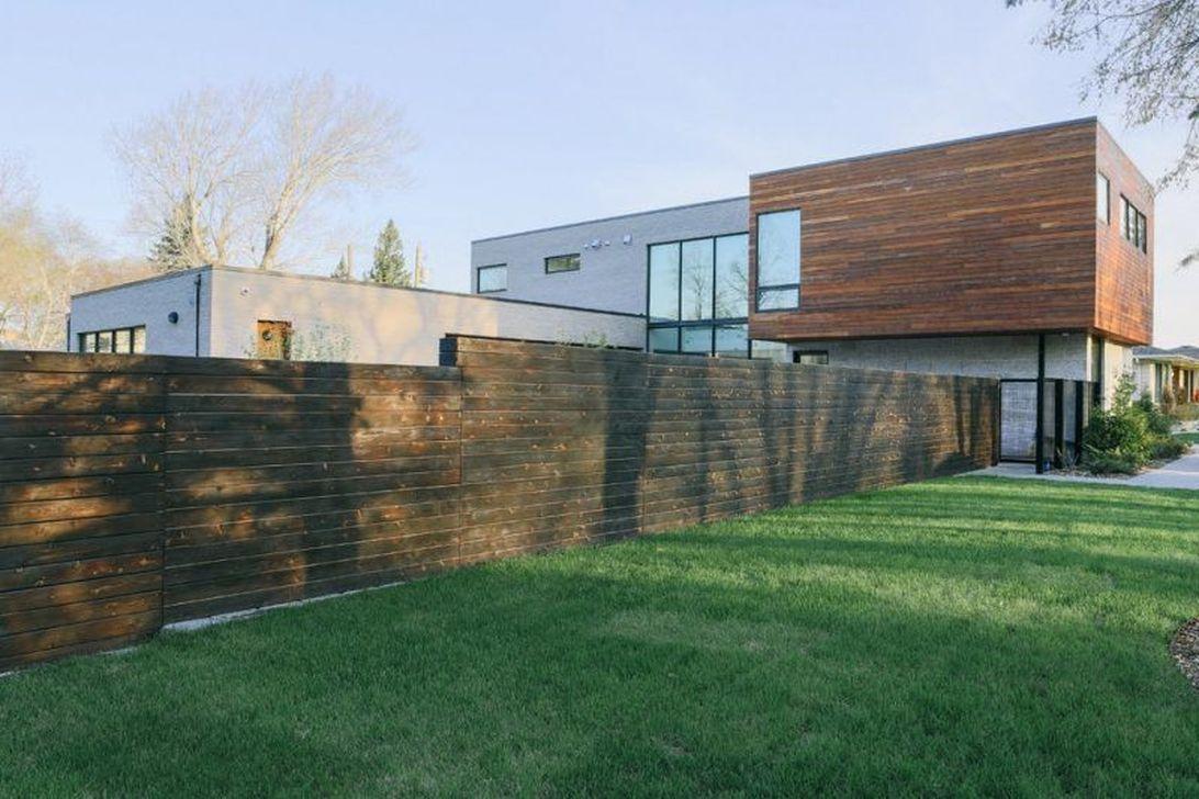 Inspiring Minimalist Frontyard Design Ideas To Try Asap 34