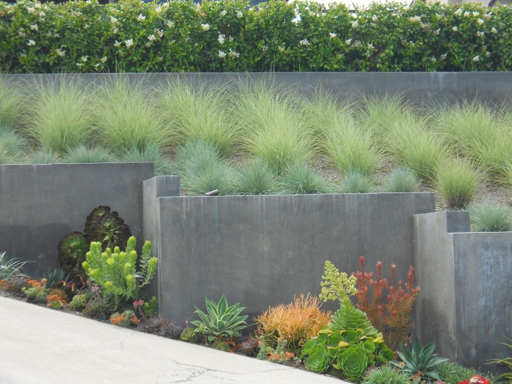 Inspiring Minimalist Frontyard Design Ideas To Try Asap 35