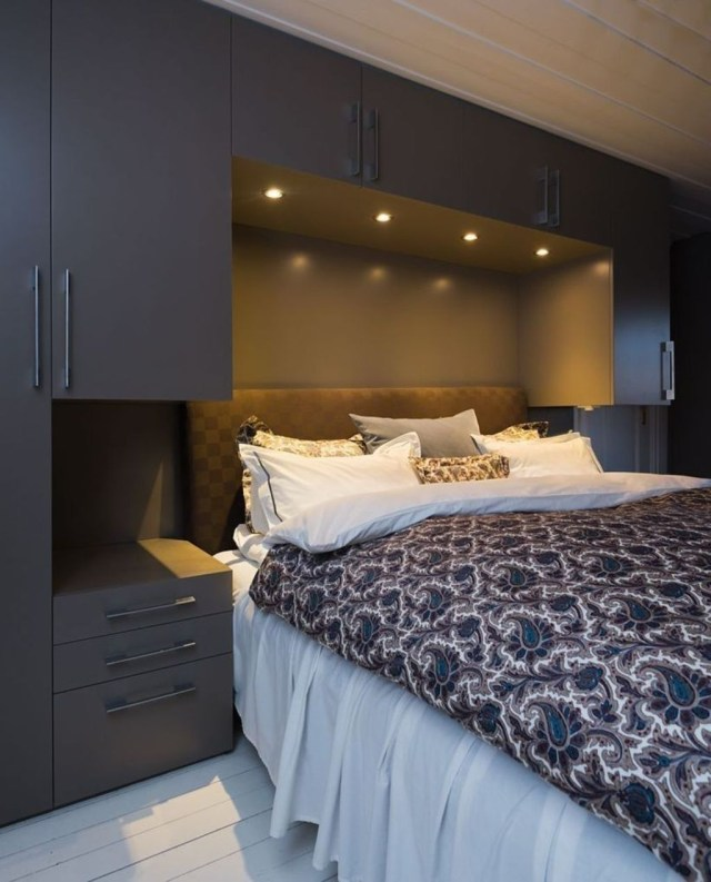 Lovely Bedroom Design Ideas That Make You More Relaxed 23