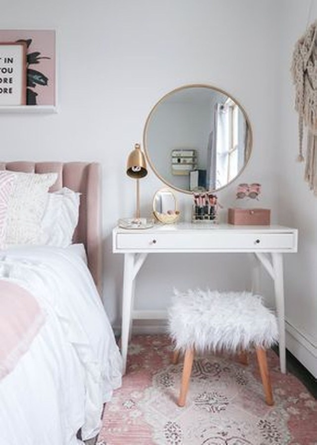 Lovely Bedroom Design Ideas That Make You More Relaxed 30