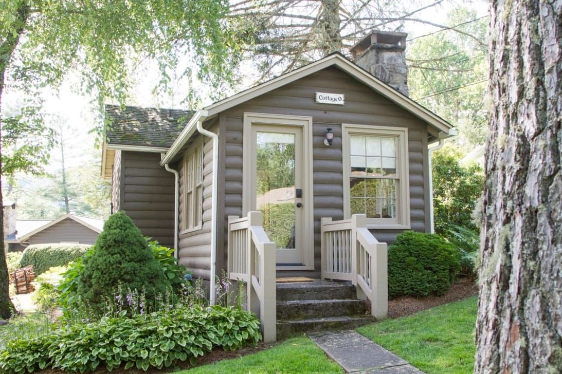Perfect Small Cottages Design Ideas For Tiny House That Trend This Year 15
