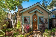 Perfect Small Cottages Design Ideas For Tiny House That Trend This Year 23