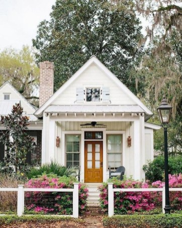 Perfect Small Cottages Design Ideas For Tiny House That Trend This Year 33