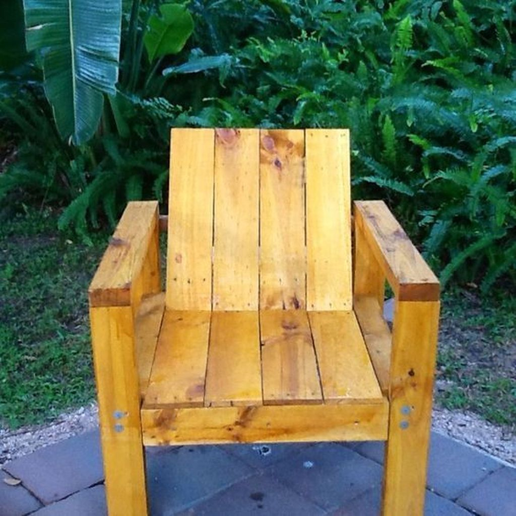 Popular Diy Chair Pallet Design Ideas That You Can Try 37
