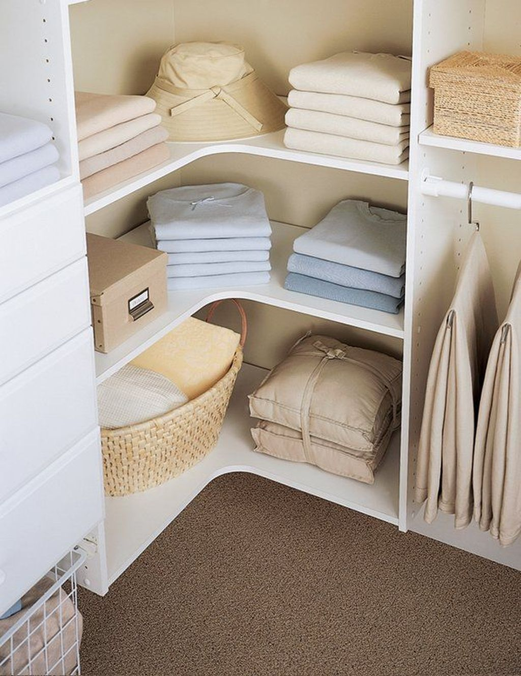 Smart Linen Closet Organization Makeover Ideas To Try This Year 27